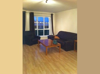 Lovely Double room with Riverside views
