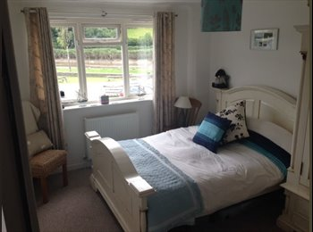 EasyRoommate UK - Double room with spectacular river views - Derriford, Plymouth - £400 pcm