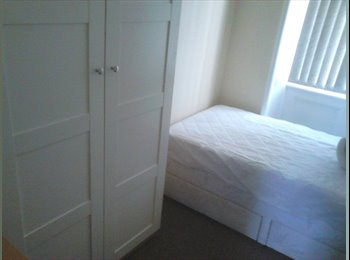 Students Room to let two minutes walk Bradford University...