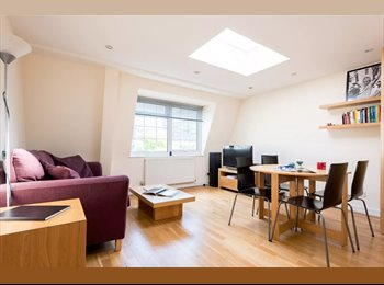 Bright and airy double bedroom in Southwark