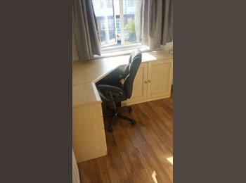 Large Beautiful Double Room in Harrow  Kenton & Northwick...