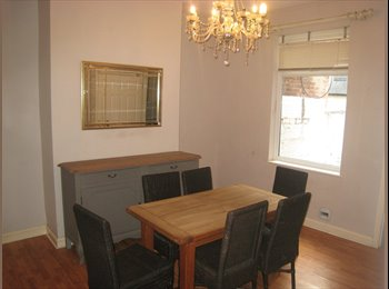 Superb spacious 4 bed furnished shared house