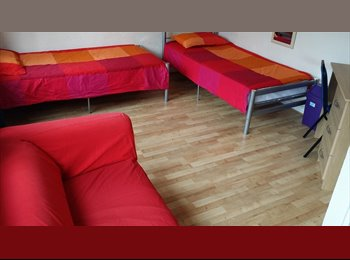 EasyRoommate UK - Single Room in Bromley#2002 - Bow, London - £575 pcm