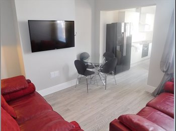 EasyRoommate UK - *no admin fees* Lovely, modern property. - Lincoln, Lincoln - £300 pcm