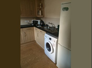 EasyRoommate UK - Double room available in lovely city centre flat with private parking  - Aberdeen, Aberdeen - £475 pcm