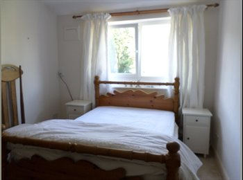 Comfortable double room /Mon to Fri Only.
