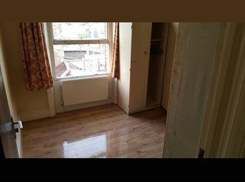 EasyRoommate UK - Double rooms to rent Denmark hill - Camberwell, London - £600 pcm