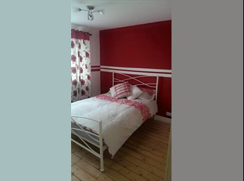 EasyRoommate UK - Double room off of Ipswich road - Colchester, Colchester - £400 pcm