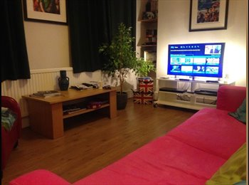 EasyRoommate UK - Fully Furnished Double Room in Beautiful Apartment. ALL BILLS INCLUDED! - Balham, London - £800 pcm