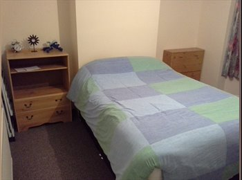EasyRoommate UK - Double room available in this semi-detached house with large garden - Hoole, Chester - £500 pcm