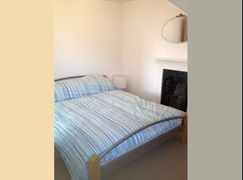 EasyRoommate UK - Double rooms or flatlet to rent near Stoke village - Plymouth, Plymouth - £350 pcm