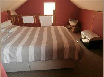 EasyRoommate UK - double room for rent  - Crigglestone, Wakefield - £400 pcm