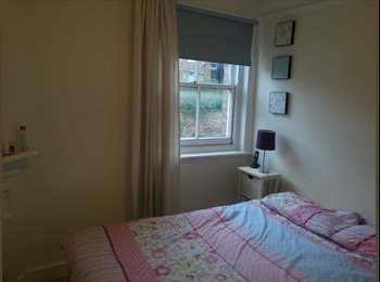 Nice Double room for lady in West Hampstead