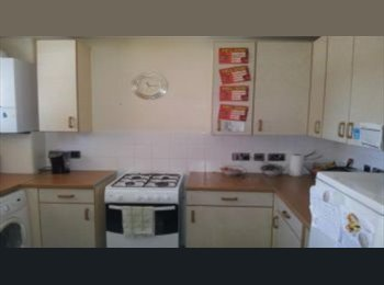 Extra Large Double Rm - with own shower/WC - Afro-Carib W...