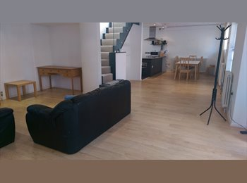 EasyRoommate UK - LUXURY HOUSE IN ARSENAL MOMENTS AWAY FROM LDN MET UNI - Holloway, London - £850 pcm