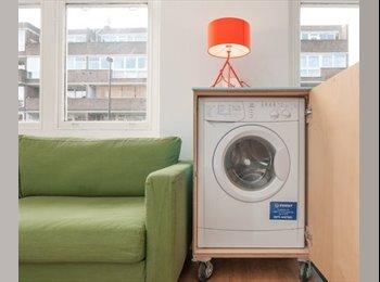 EasyRoommate UK - stunning studio flat - St. Johns Wood, London - £600 pcm