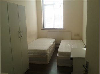 Twin Room can Be a Double Near Stratford