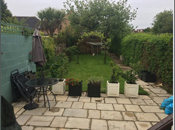 EasyRoommate UK - Double Room to Rent - Close to SKY & GSK - Isleworth, London - £700 pcm