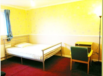 EasyRoommate UK - INC ALL BILLS £65 per week DOUBLE BED - STUDENT - Newcastle City Centre, Newcastle upon Tyne - £280 pcm
