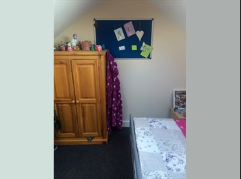Student double room available
