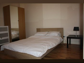 EasyRoommate UK - NW2 Double Room, Neasdon  - Cricklewood, London - £560 pcm