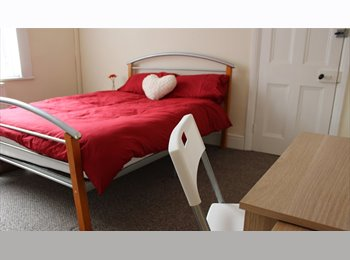 Student rooms available - CV1