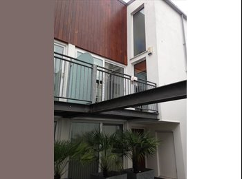 EasyRoommate UK - Single Room to let in South Central London -  - Stockwell, London - £650 pcm