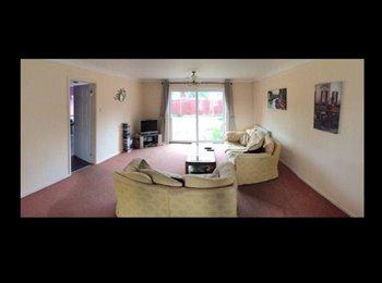 EasyRoommate UK - **£450pcm DOUBLE ROOM INCL ALL BILLS*** - Baldock, Baldock - £450 pcm