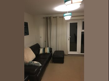 Double Room in Kennet Island Reading