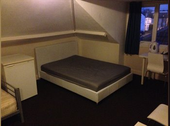 DOUBLE ROOMS TO LET IN SPRINGBOURNE