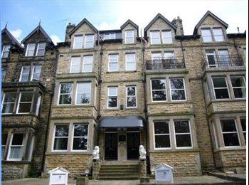 EasyRoommate UK - Double Room in Lovely 2 Bed Apartment (Central) - Harrogate, Harrogate - £400 pcm