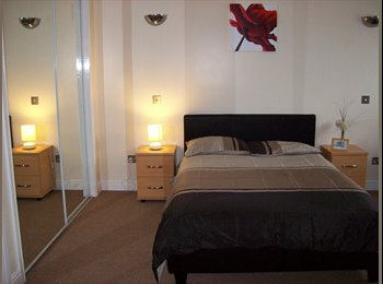 EasyRoommate UK - *HUGE Double Opposite Lymedale Park* - Newcastle-under-Lyme, Newcastle under Lyme - £434 pcm