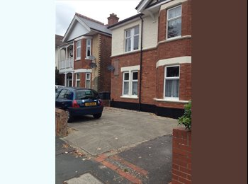 EasyRoommate UK - 6 Bed Student House  - Winton, Bournemouth - £355 pcm