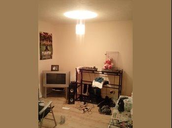 EasyRoommate UK - Studio flat - Northolt, London - £800 pcm