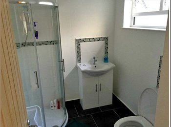 EasyRoommate UK - Student Room Available ASAP in Derry/londonderry - Belfast, Belfast - £320 pcm