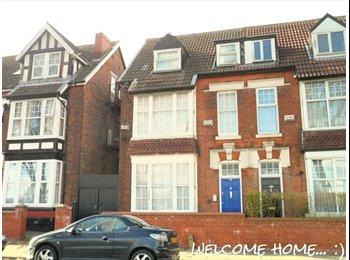 EasyRoommate UK -  2x Lovely Rooms Near Bham City Centre - Edgbaston, Birmingham - £425 pcm