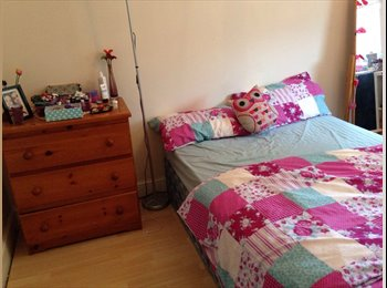 EasyRoommate UK - Double room in West Acton , Acton - £695 pcm