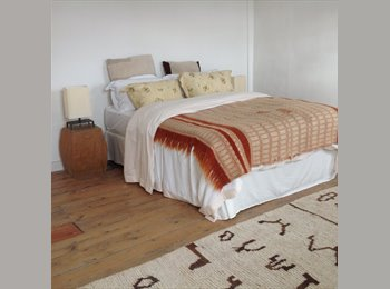 EasyRoommate UK - Lovely bright large double bedroom in town - Harleston, Norwich and South Norfolk - £400 pcm