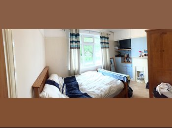 Double bed, houseshare, fully furnished, all bills incl