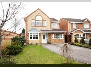 Single and double room to rent in detached house