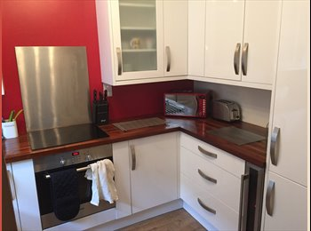 EasyRoommate UK - Double room in Meyrick Park - West Cliff, Bournemouth - £500 pcm