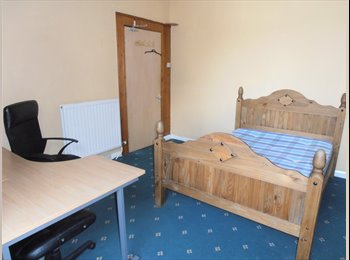 Spaciouse warm & comfotable 7 bed House Close to uni
