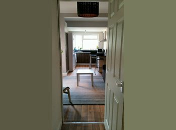 EasyRoommate UK - Newly Furnished Double Room, En-suite in Earlsdon - Earlsdon, Coventry - £465 pcm