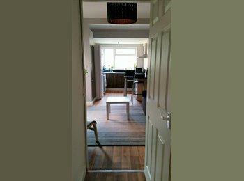 Newly Furnished Double Room, En-suite in Earlsdon