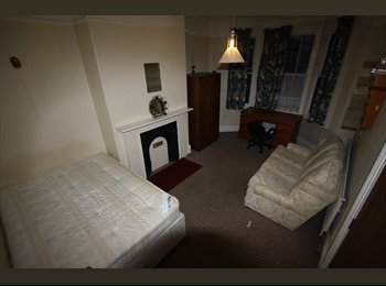 EasyRoommate UK - House Available to Rent - Chester, Chester - £400 pcm