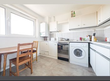 COSY ROOM FURNISHED CLOSE TO HAMMERSMITH TUBE STATION (10...