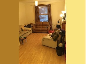 EasyRoommate UK - Double room in Cardiff City centre to rent ASAP  - Cathays, Cardiff - £295 pcm