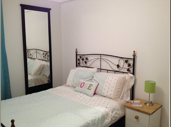 EasyRoommate UK - Modern Double room, Heavitree,  newly refurbished professional house - Exeter, Exeter - £510 pcm