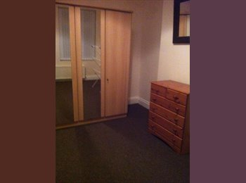 EasyRoommate UK - Single and double room for rent - Failsworth, Manchester - £300 pcm