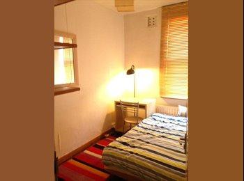 Single Room To Let Immediately. No deposit!
